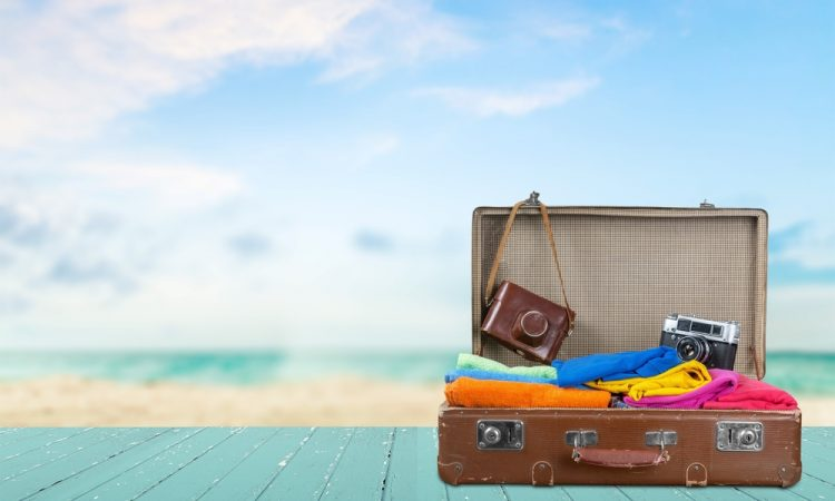 Money Saving: Holiday Travel Tips for Your Next Getaway